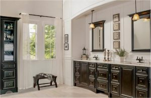 bathroom-cabinets-in-smyrna-ga-black-shiny-vanity